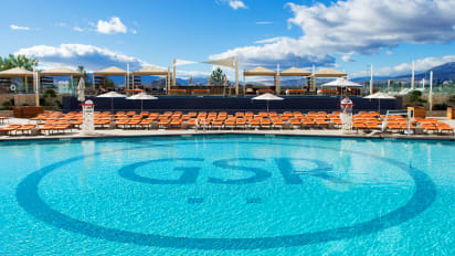 The Pool at Grand Sierra Resort | Infinity Sundays at the Pool