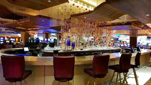 Photo of the main bar in the Crystal Lounge at Grand Sierra Resort