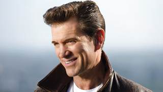 Promotional photo of Chris Isaak